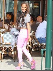 christina-milian-pink-pants-LA-05-675x900