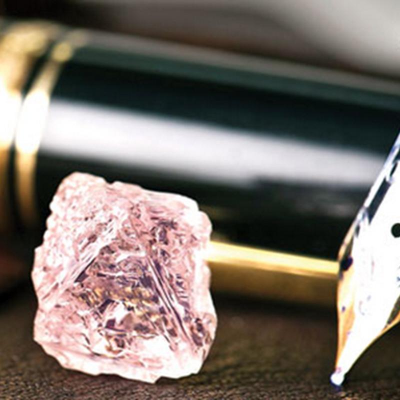 Berlian merah jambu