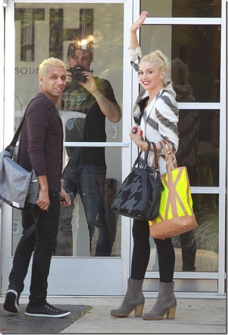 Gwen Stefani Gwen Stefani Heads Back Studio pNH6nMwkqN0l