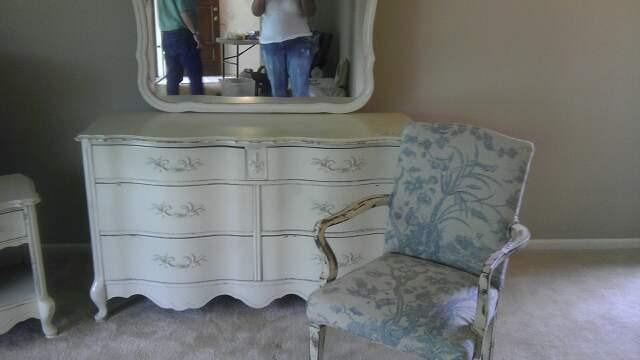 Liv's dresser