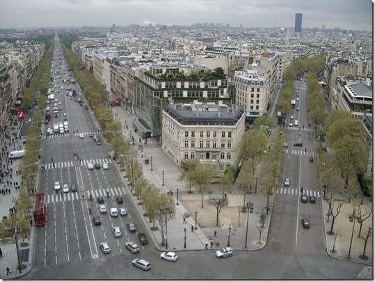 Arc de Triomphe - View from top - Tour Montparnasse 01