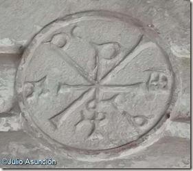 San Esteban de Eusa - Crismón trinitario