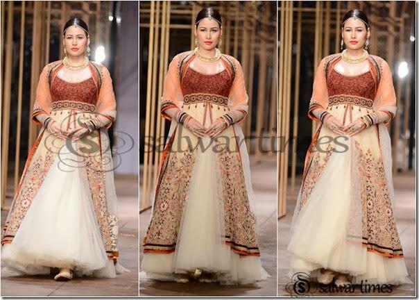 Tarun_Tahiliani_Bridal_Fashion_Week (7)