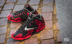 nike lebron 11 gr black red 10 08 New Photos // Nike LeBron XI Miami Heat (616175 001)