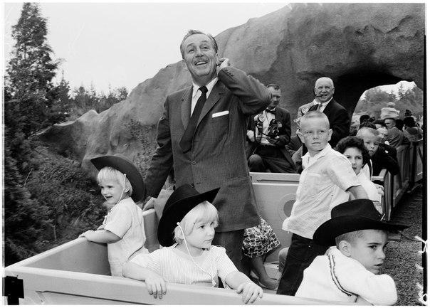 Walt Disney-14.jpg