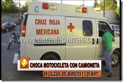 IMAG. CHOCA MOTOCICLETA CON CAMIONETA EN CALZADA DEL MARQUES Y 5 DE MAYO.mp4_000044077