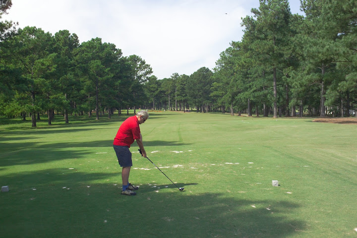 Cuscowilla_man_on_12_tee.jpg