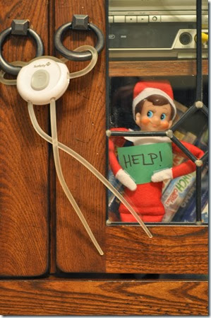 Elf on the Shelf - All locked up