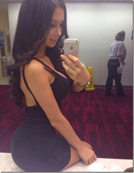 tight-dresses-031