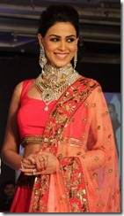 Genelia Deshmukh HVK Jewels Fashion Show at JW Marriott