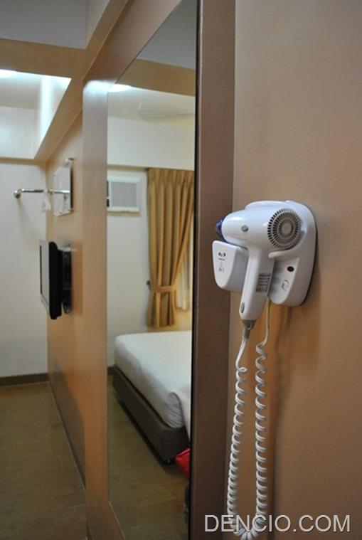 Tune Hotels Angeles 08