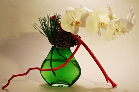 keith stanley Christmas ikebana arrangement
