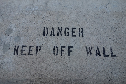 This is a good warning. I wouldn't want to fall the 338 feet down.