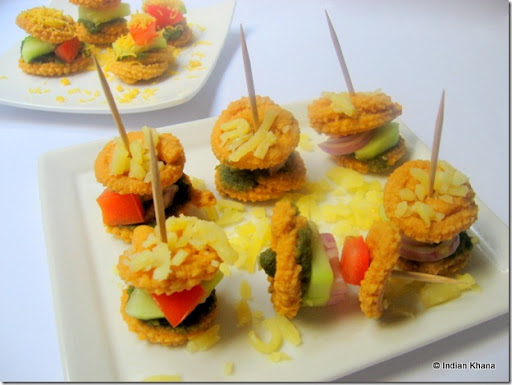 Use toothpick to make these yummy sandwich as party appetizers, what you say ...