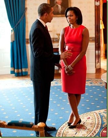 michelle-obama-red-dress-100209-de-49830699
