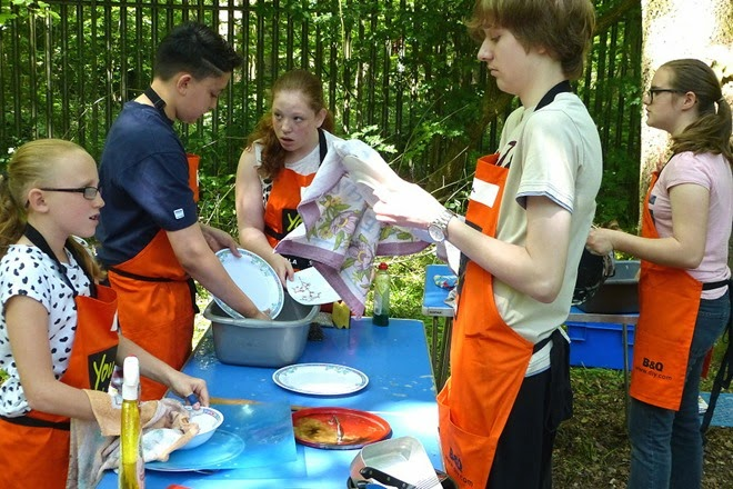 Scouts cooking competition washing up