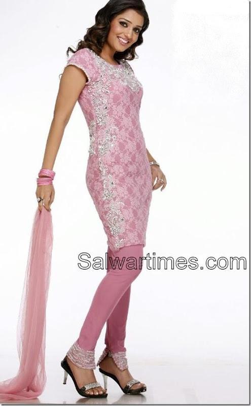 Nikitha_Designer_Salwar_Kameez