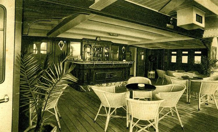 Verandah Bar. Postal.JPG