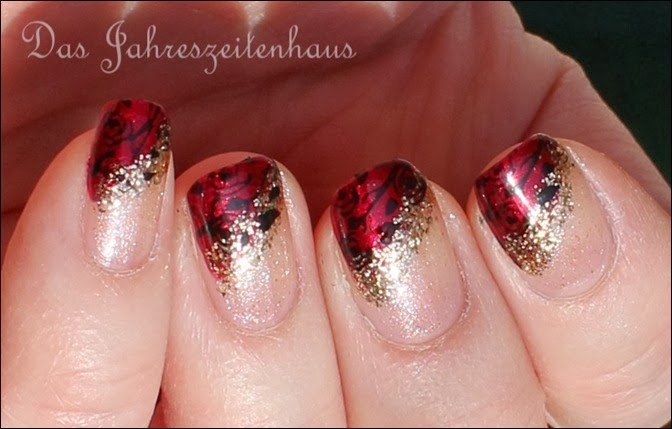 Baroque French Red Gold Roses 4