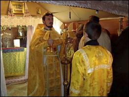 Остання служба в тимчасовому храмі. 23 жовтня 2011 р.