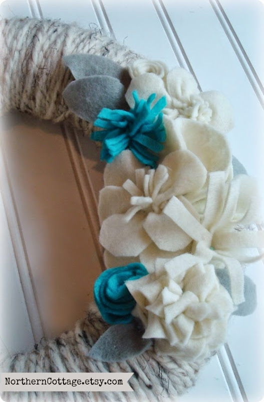Handmade Felt Wreath {NorthernCottage}
