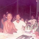 Tubauでの宴会_EngkasuのイバンLahap氏(中央)、Rh.AnyiのカヤンLasah氏(右)の姿も見られる / Party scene at Tubau - an Iban of Engkasu, Mr. Lahap (center),  a Kayan of Rh. Anyi, Mr. Lasah (right) can be seen