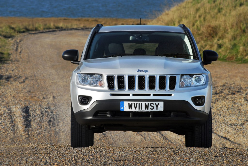 Yeni-Jeep-Compass-Facelift-13.jpg?imgmax=1800