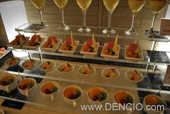 Cafe Ilang Ilang Buffet Manila Hotel 127