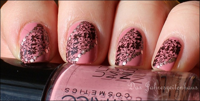 Stellas Lace Nageldesign 4