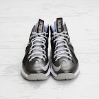 nike lebron 10 gr prism 4 02 Release Reminder: Nike LeBron X Prism and its Gallery