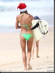 sharni-vinson-green-bikini-sydney-09-675x900