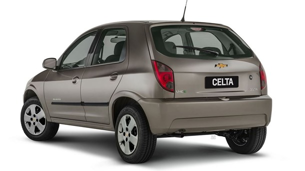 Chevrolet Celta Advantage 2014 (2)