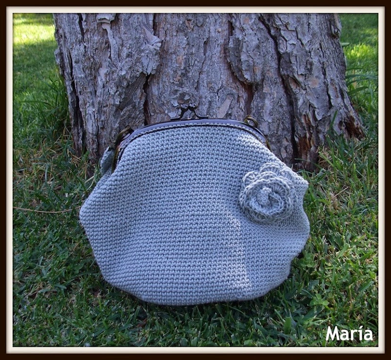 Bolso gris Fabiola-1