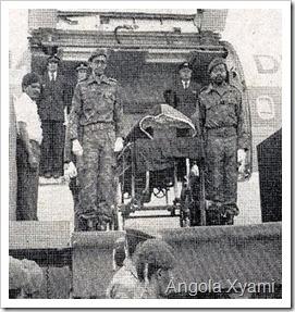 FOTO HISTÓRICA: A chegada do corpo do Saudoso Presidente Dr. Agostinho Neto à Luanda...