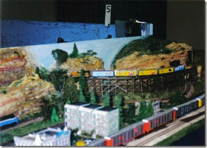 12 Milwaukee Area N-Trak Layout at TrainTime 2002