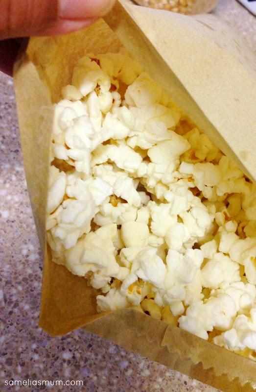 Easy Microwave Popcorn 4 @ SameliasMum