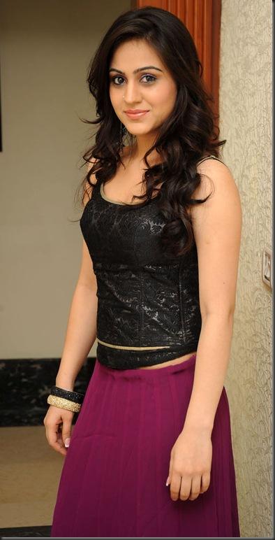 aksha in black dress