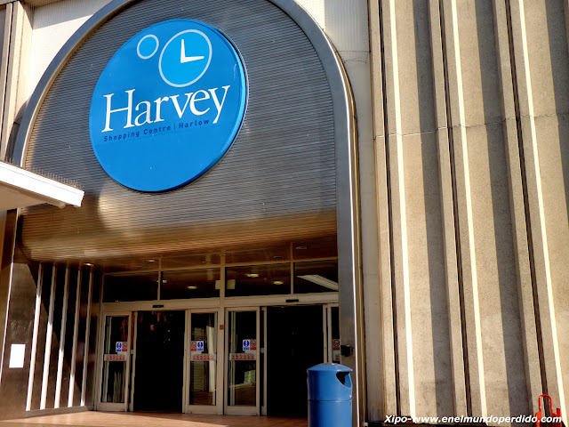 harvey-shopping-centre-harlow.JPG