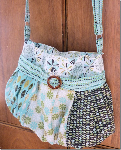 Crafty Cousins' Flouncy Bag Tutorial .5
