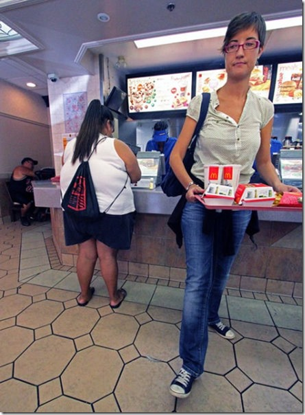 obese-people-fast-food-24