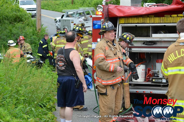 MVA With Entrapment On S. Mountain Rd - DSC_0033.JPG