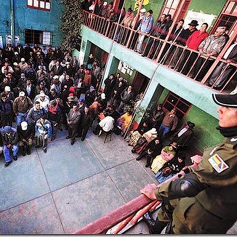 Huelga policial crece en busca de alza salarial