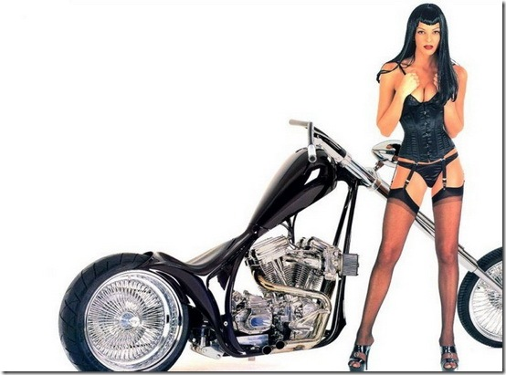 Hot-Babes-With-Bikes-16