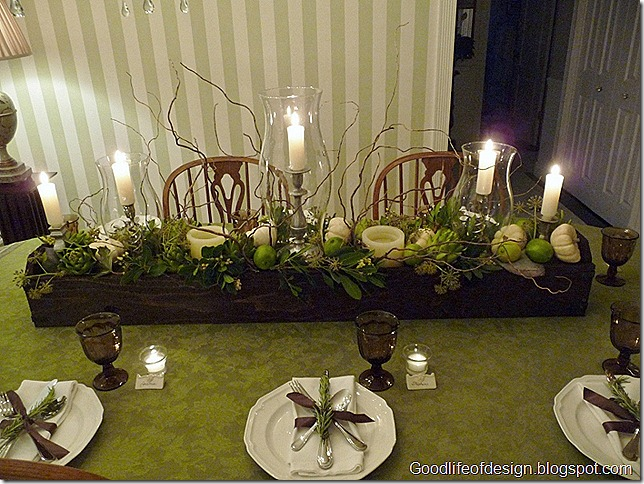 Thanksgiving table 2011 020 (800x600)