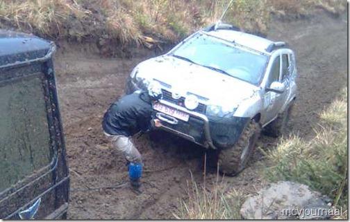 Dacia Duster Terrain 08