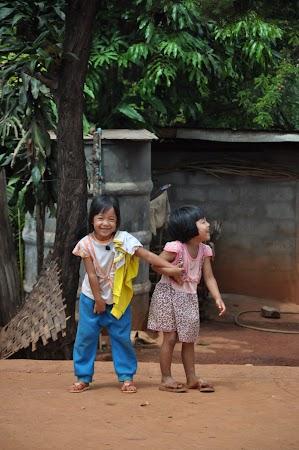 Imagini THailanda: Copii din tribul Akha, Thailanda