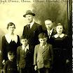 1940 circa, la famiglia di Toni Crestani.jpg