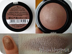 essence cookies cream baked eyeshadow 03