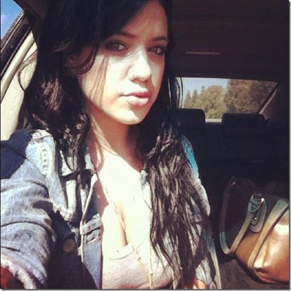 Tess-Taylor-hot-lips-4