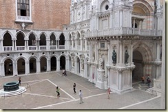 Courtyard Doges Palace 2 (Small)